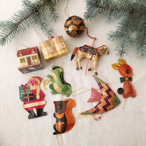 1a781df0234 Vintage pressed bamboo Christmas ornaments set of 9   made - Depop
