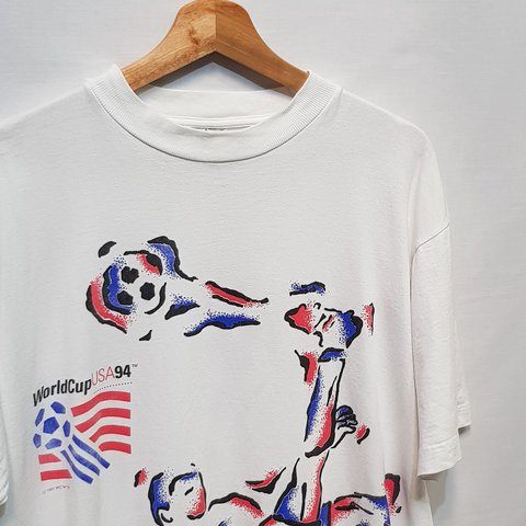 ca916dfcdb6 @gunstarhero84. last year. London, GB. Vintage 1991 USA World Cup 94 white  short sleeve t-shirt by Competitor Size L