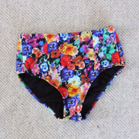 3464d6d381 High waisted bikini bottoms in floral multicoloured print. - Depop