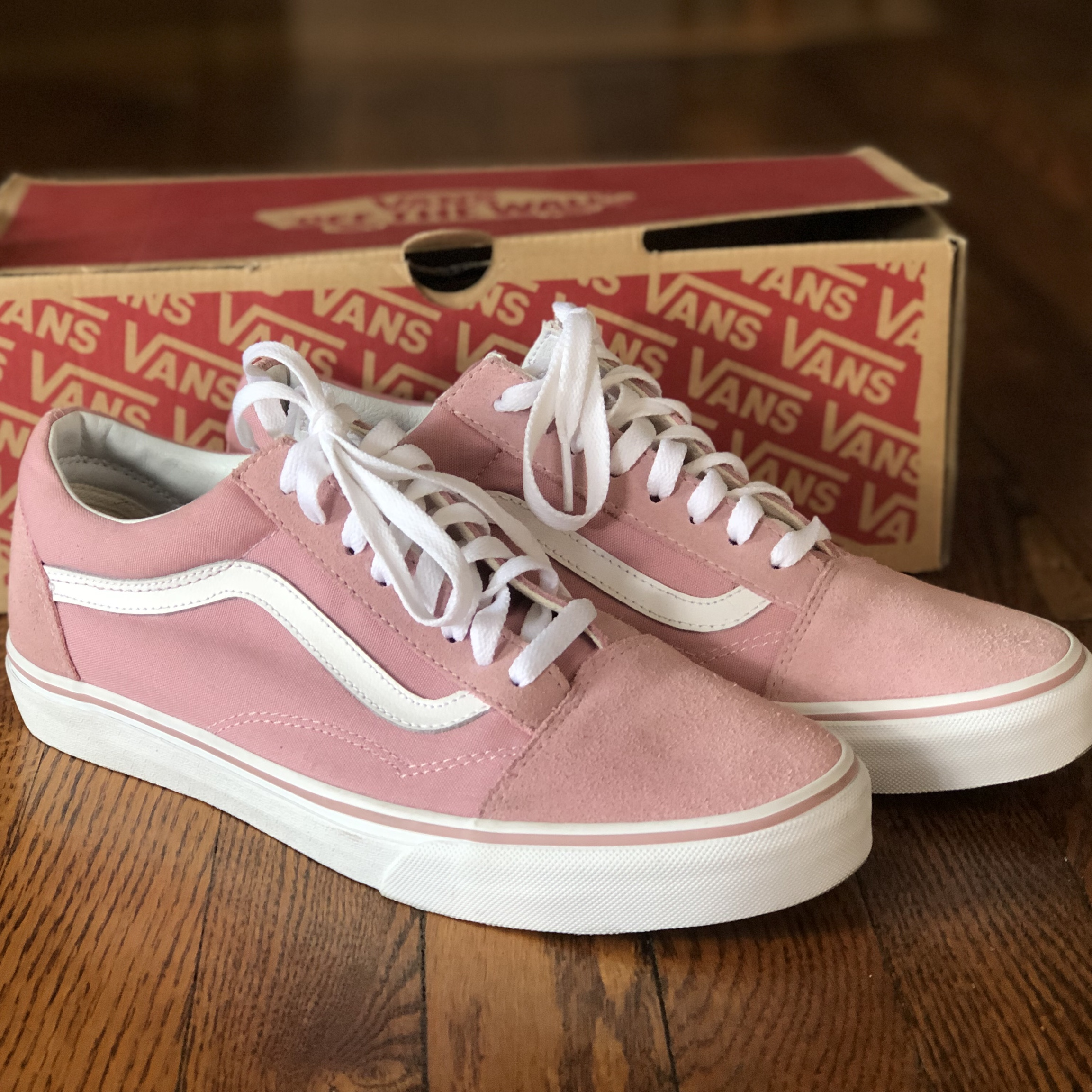 6b9908219f Pink/Zephyr and white Vans Old Skools. Men's 10.5... - Depop