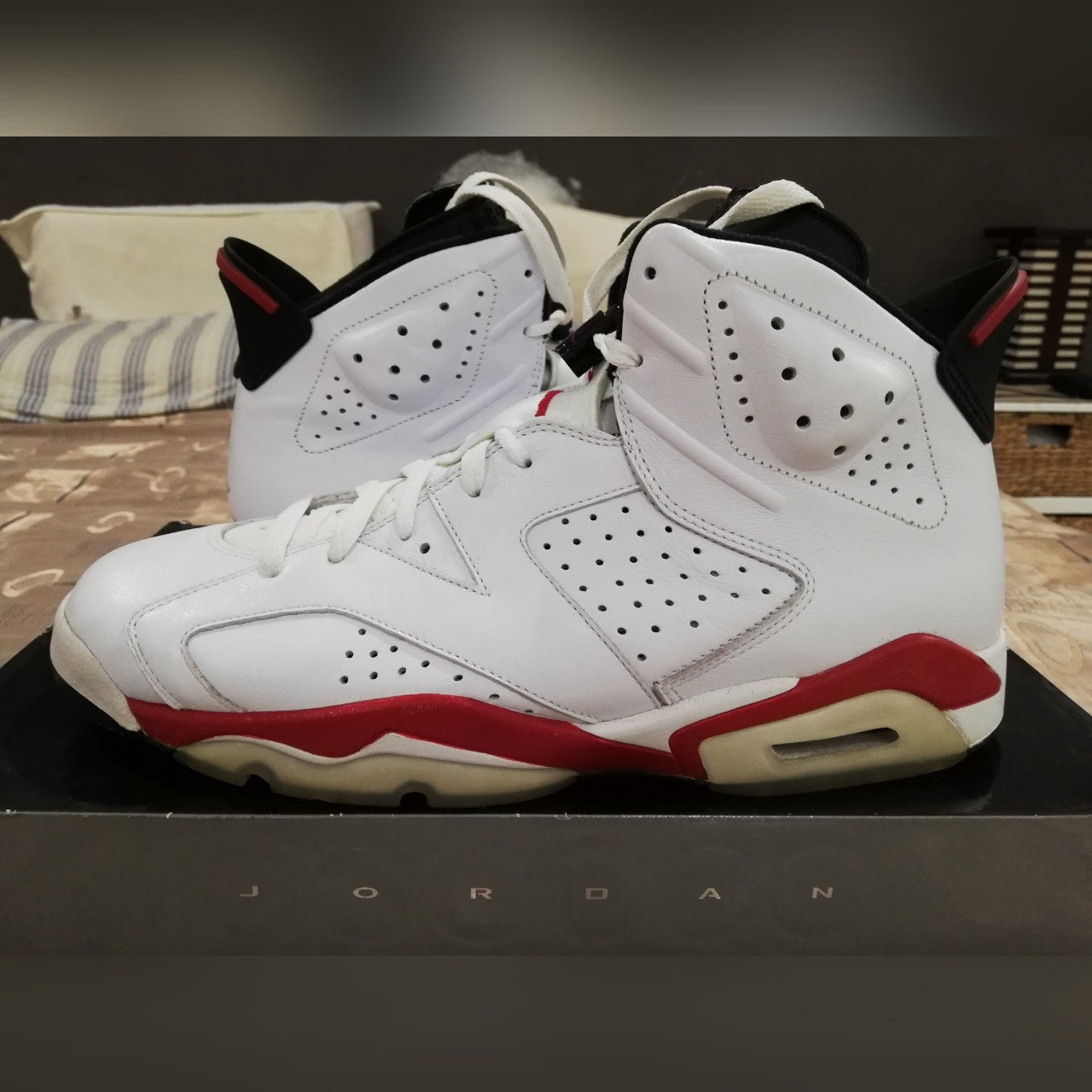 new concept af053 9fdd4 Nike Air Jordan 6 Retro 'Bulls' clean hardly worn... - Depop