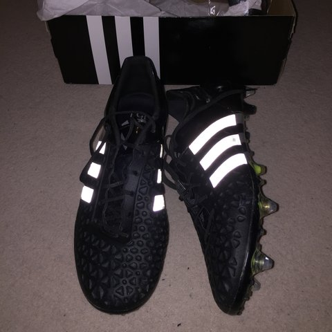 Adidas ace 15.1 SG UK size 9.5. Comes with original box and - Depop fbb15872a