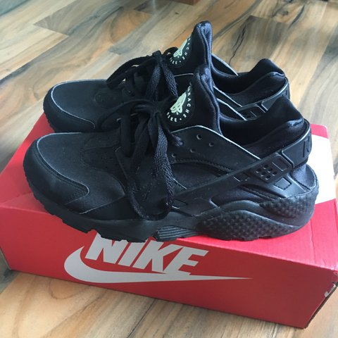 12957f91a4a8 Nike Air Huarache Triple Black    Size 6    Worn but still - Depop