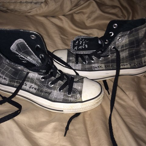 6e379e4593a6 Limited edition 2010 Kurt Cobain converse Size 4 1 2 UK so a - Depop