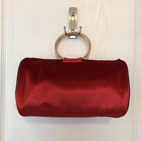 GUESS RED VELVET MINI DUFFLE BAG PURSE New with tags! Comes - Depop 67d7dc25fe844