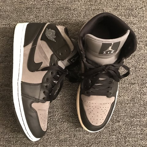classic fit 78139 60f74  jrod08. 23 days ago. United States. ⚜ Rare - Nike Air Jordan 1 s Phat Mid Cool  Grey Black-White ...