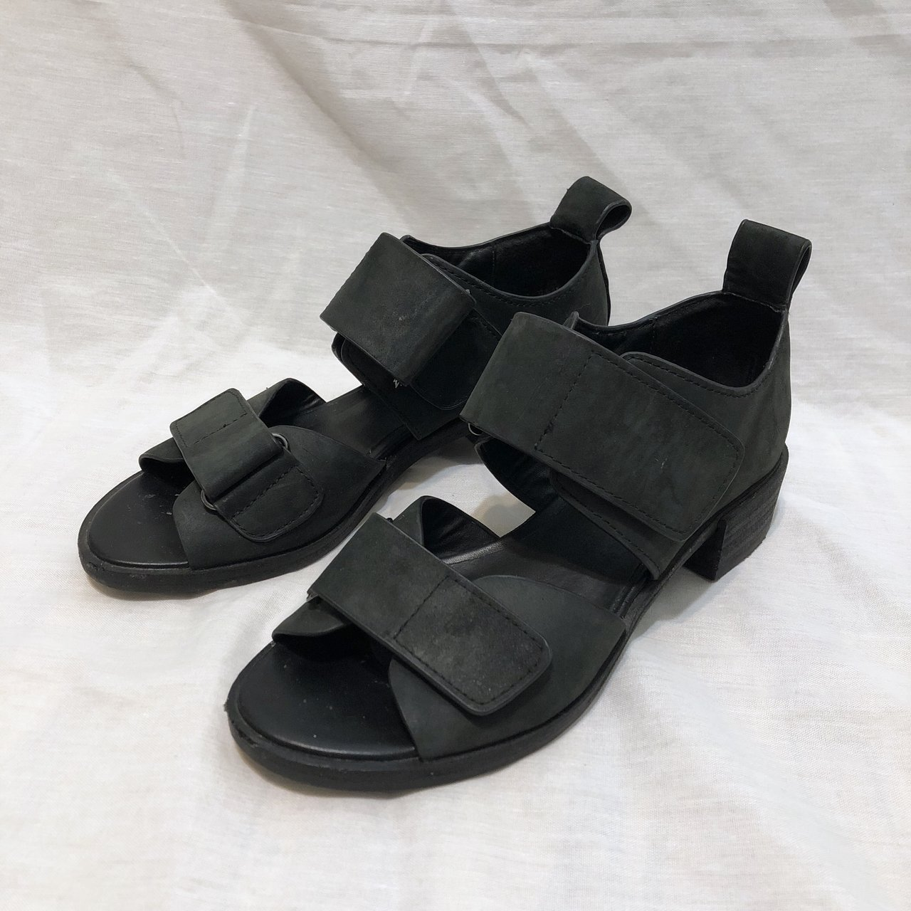 037729f0a88 Shellys London Janko is a chunky black leather sandal with a - Depop