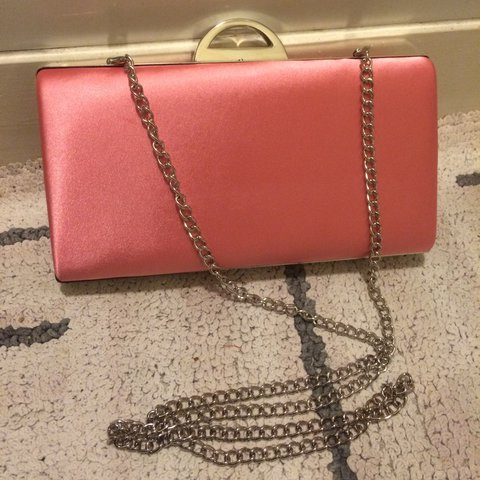 323690b00a2 BRAND NEW NEVER BEEN USED gorgeous pink satin clutch bag x x - Depop