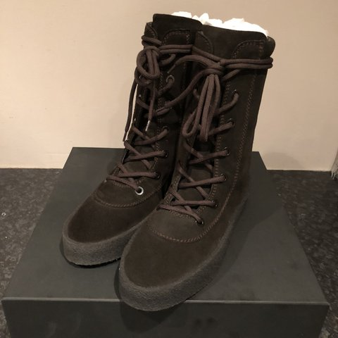 4b1c24e0e Yeezy season 4  oil brown  crepe boots (RRP £535) Men s EU - Depop