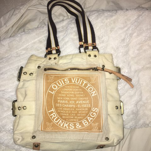 194089bf435 louis vuitton limited edition trunks and bags tote super and - Depop