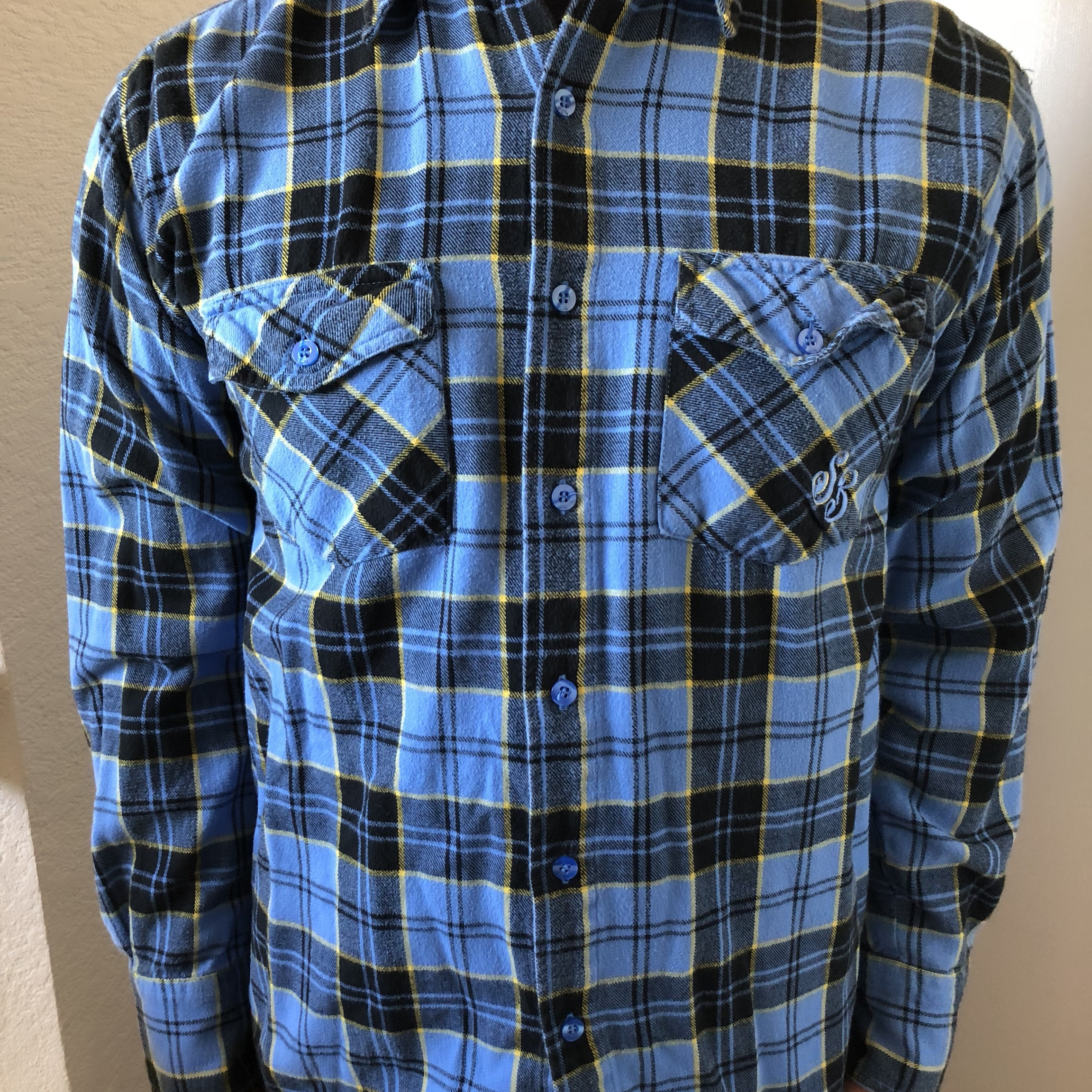 huge inventory amazon arrives Nike SB flannel. Size M. - Depop