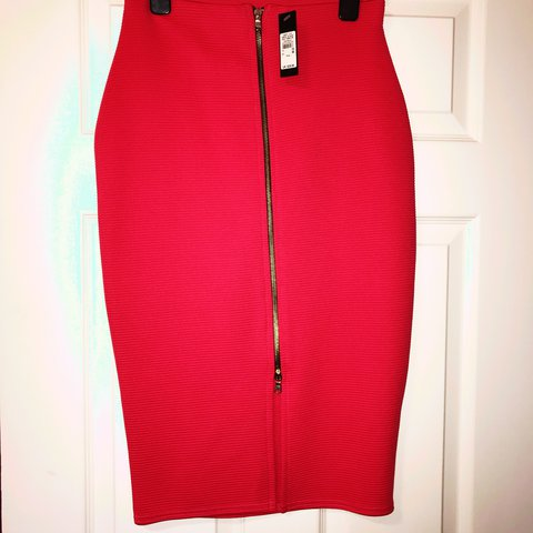 ffefc0fce8 @trishamac14. last year. Dungannon, United Kingdom. Brand new river island  red pencil skirt with gold zip at front.