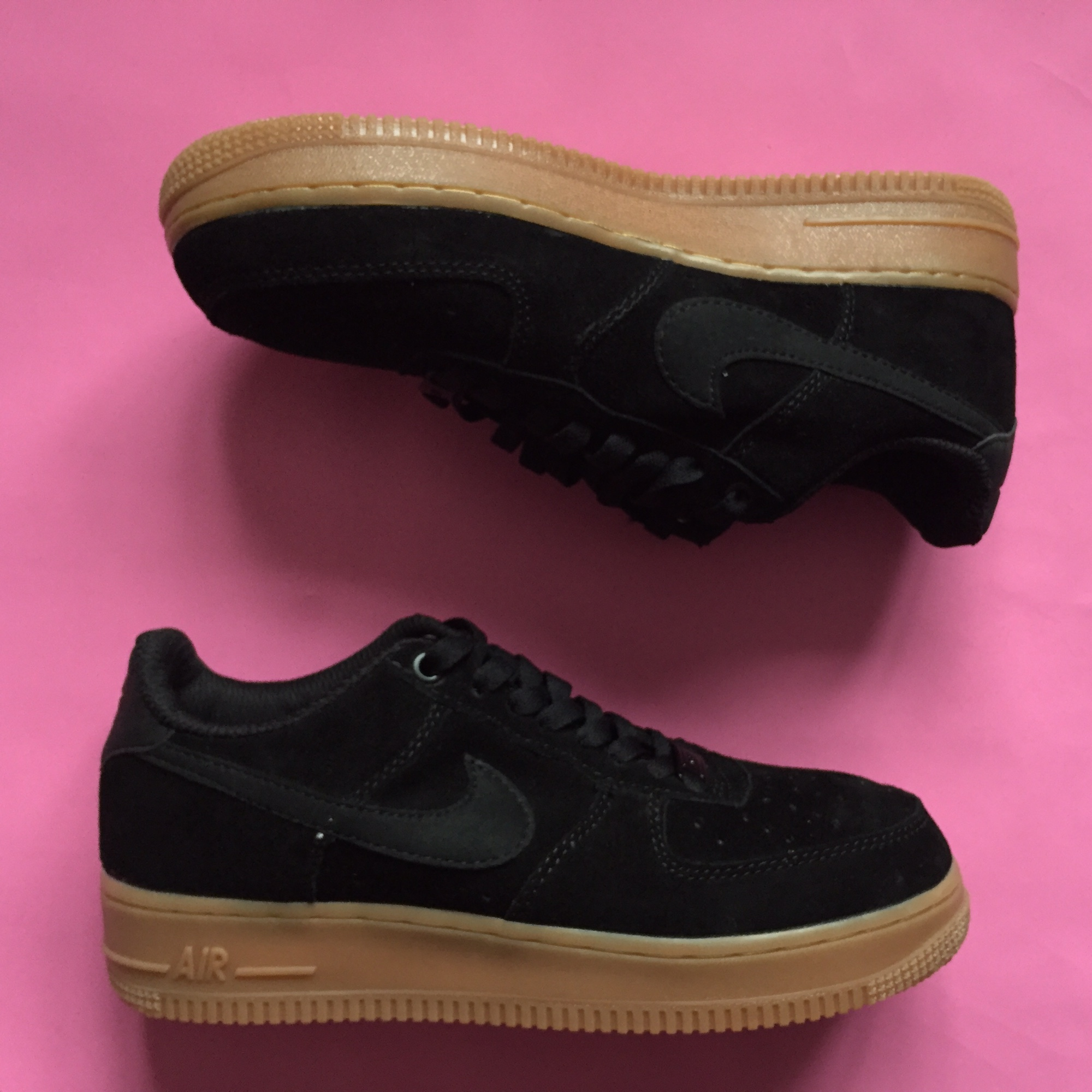 Women's Ladies Nike Air Force 1 low black suede gum
