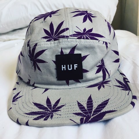 7213531d Mens HUF flat cap hat. Perfect conditions. Open for offers - Depop