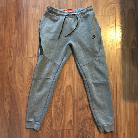 44355eed748c80 Nike tech fit joggers