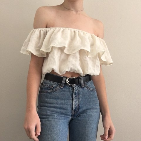 5ddcb2eade5f5 kimchi blue ruffled off the shoulder crop top from UO. never - Depop