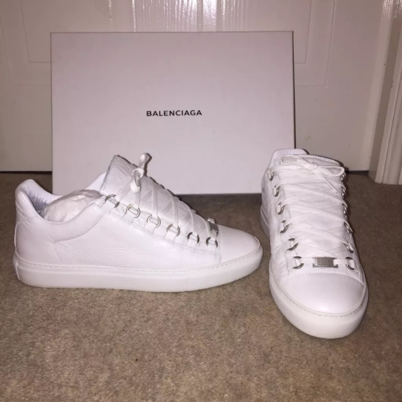 balenciaga arena white low