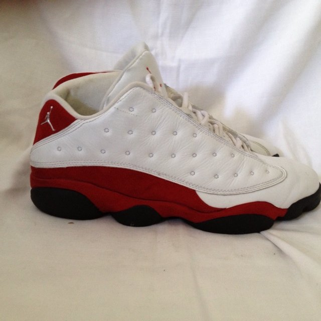 06aa6d16418f8e Air Jordan XIII low white varsity red size 11 worn  rareair - Depop