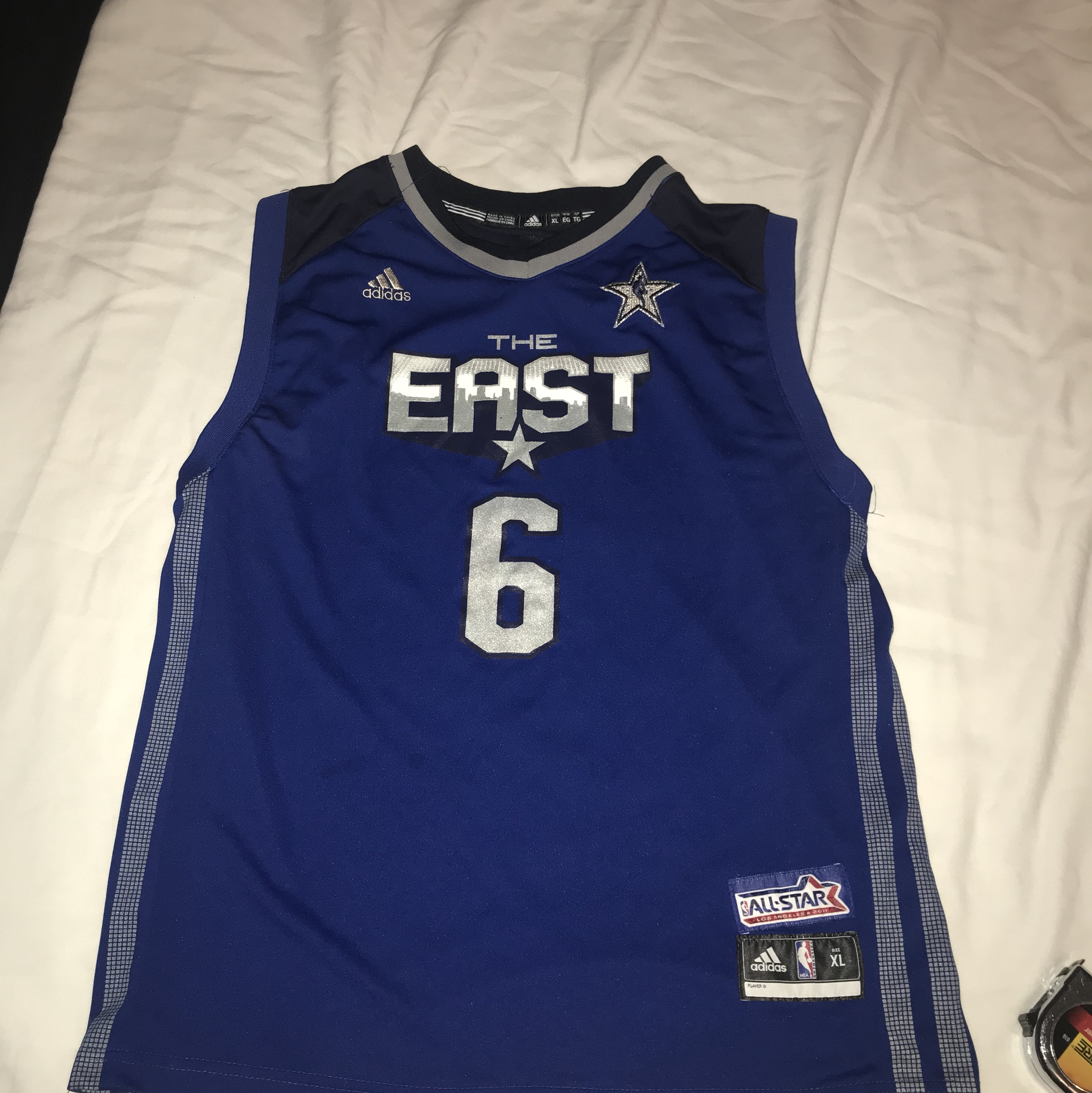 huge discount e78f9 94d20 NBA all star game Lebron James jersey 2011 youth xl... - Depop