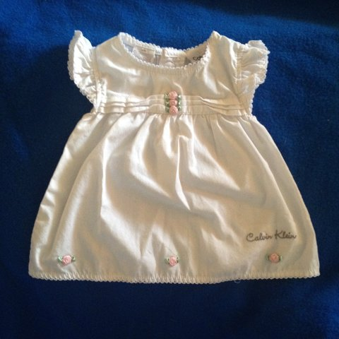 56c2ec9f34c White Calvin Klein baby girl dress