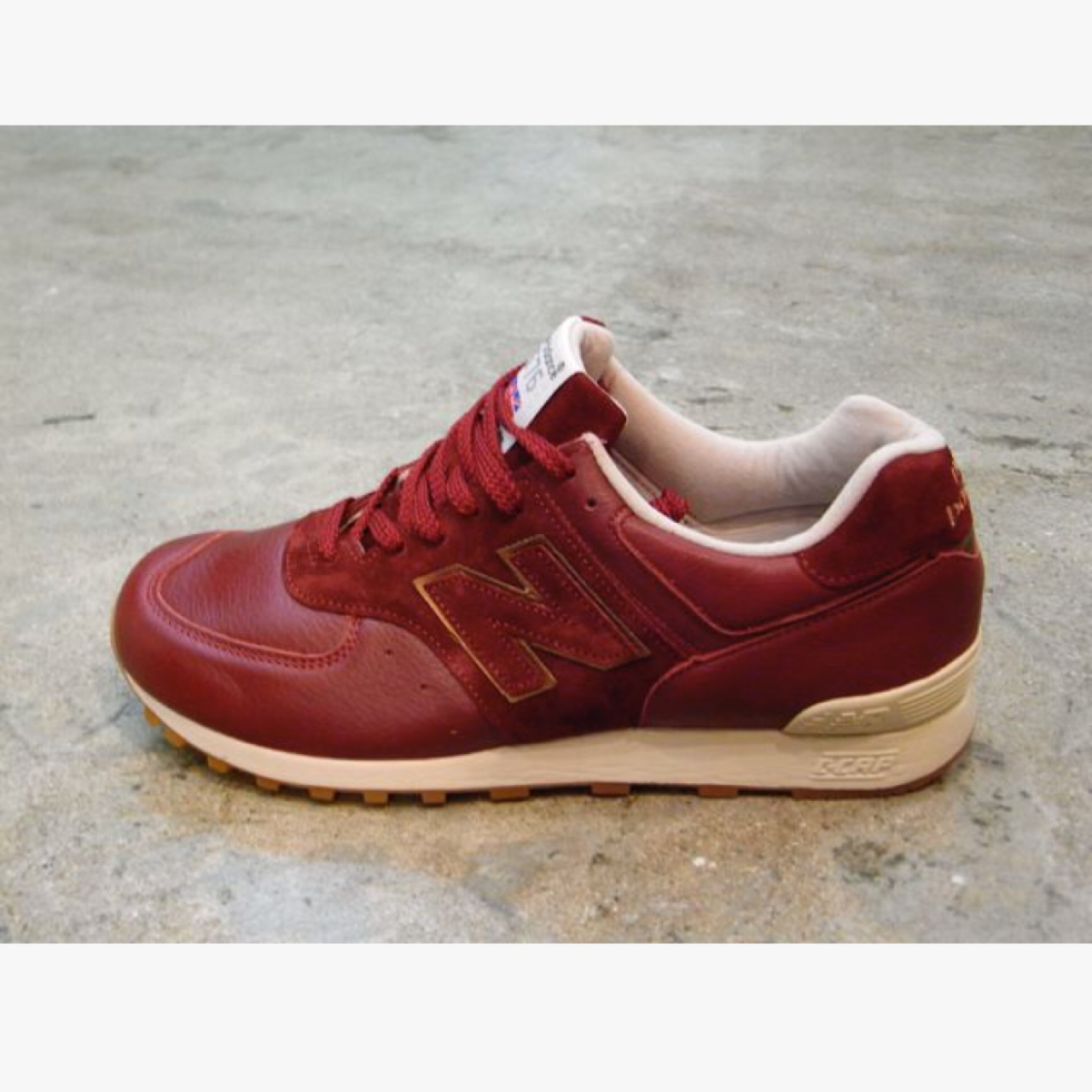 low priced f4e92 2027d Limited edition new balance 574 burgundy - great... - Depop