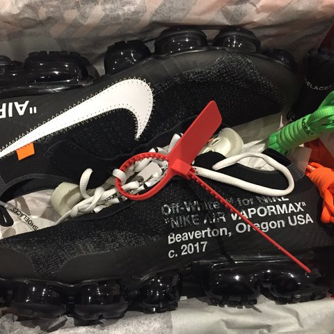 d81dff07760 NIKE OFF WHITE VAPORMAX BLACK UK SIZE 10 VIRGIL ABLOH NO - Depop