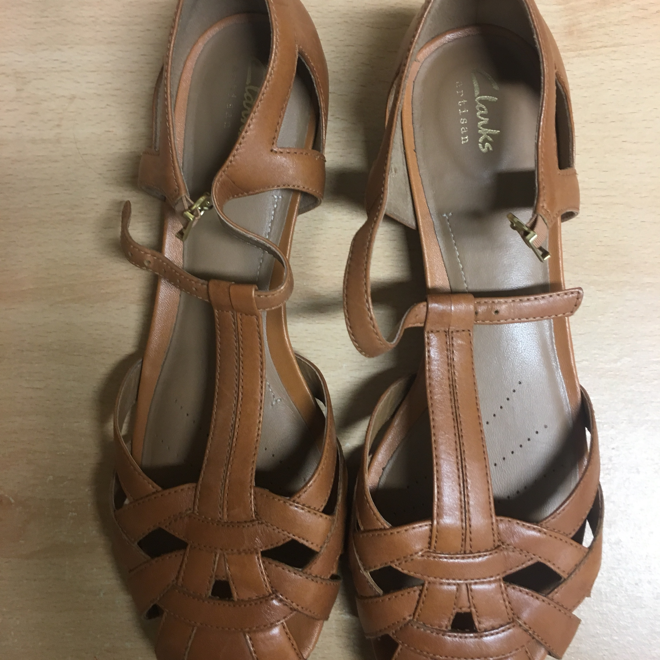 Clarks Artisan Tan Brown leather sandals flats Depop