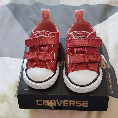 d87dee10324 Baby size 3 converse Hardly worn before my little one grew - Depop