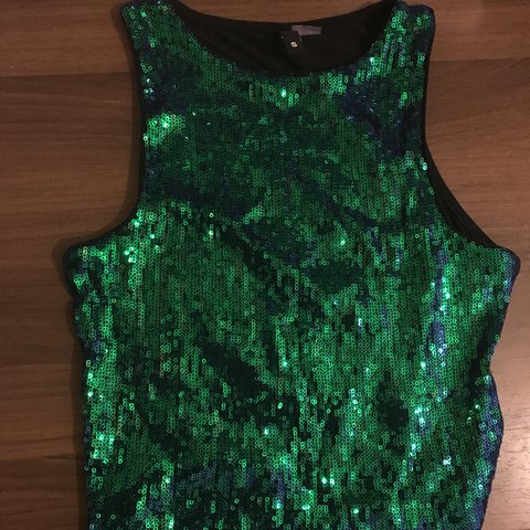 b3332532f7e8a H M GREEN MERMAID SEQUIN TOP ✨✨✨✨ Size Small  HM  small - Depop