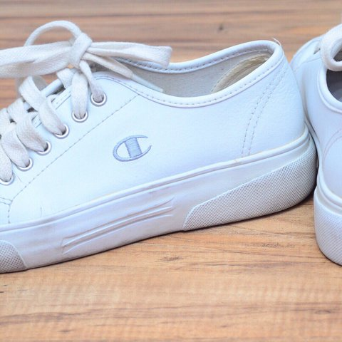 538d040f83df4 Vintage champion sneakers! These are in overall good for a 6 - Depop