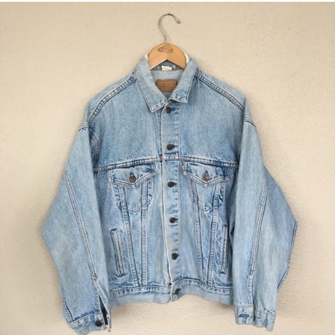 e97edc63e6 REPOP. Vintage Levis denim jacket!! 😍 Great condition with - Depop