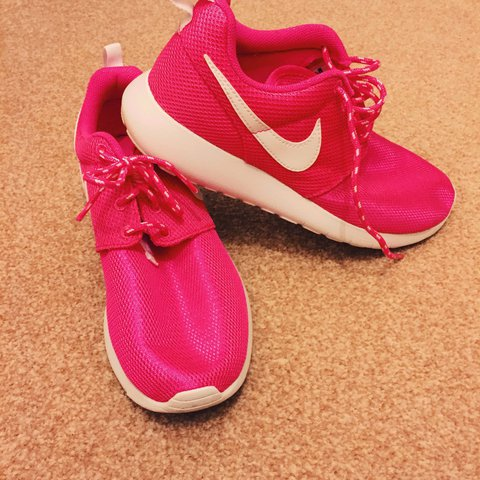 eb29d8dbb8223 Womens Pink Nike Roshe Runs. Worn twice. In perfect Size 5. - Depop