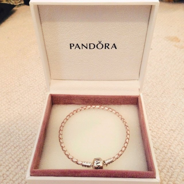Brand new pandora moments single woven leather bracelet in pearl. In  perfect condition, RRP £40. Feel free to ask any questions :) will be sent  recorded ...