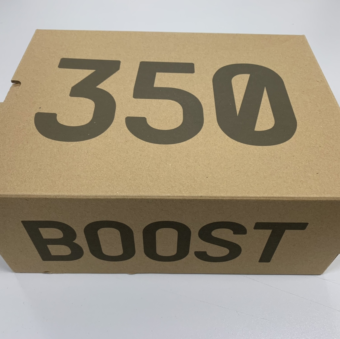 quality design 738eb 3e286 Adidas Yeezy Boost 350 V2 Kids size 3...... SOLD OUT...