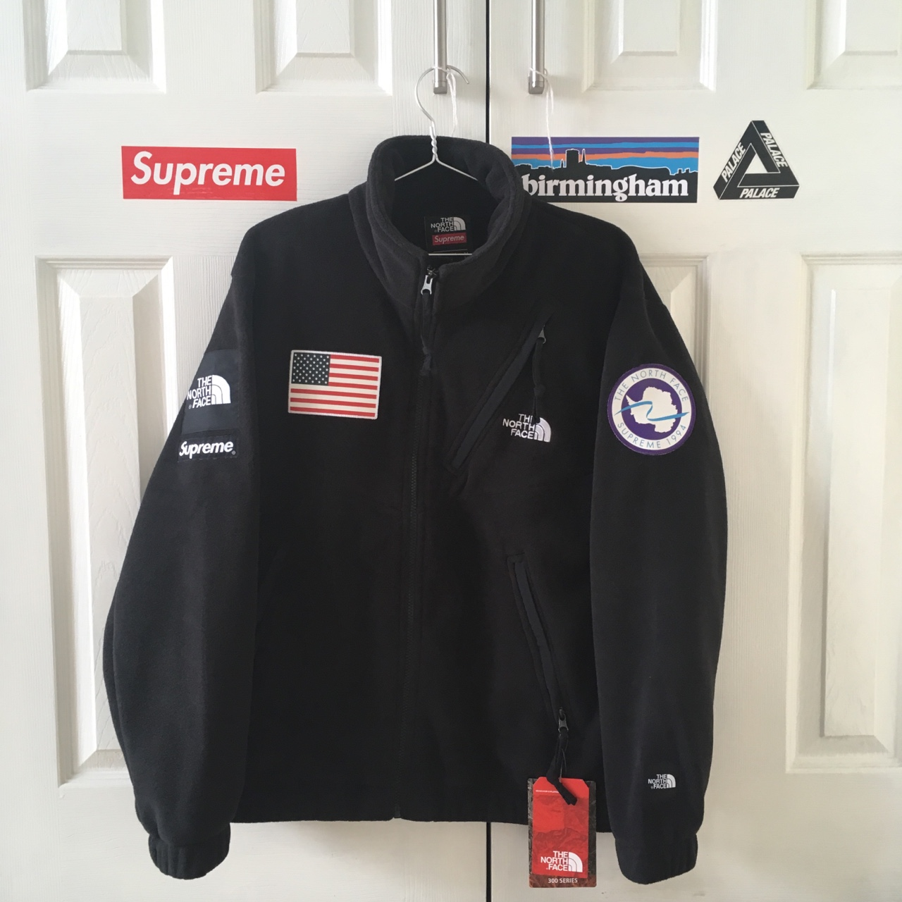e68b631c5 Supreme x The North Face Trans Antarctica Expedition... - Depop