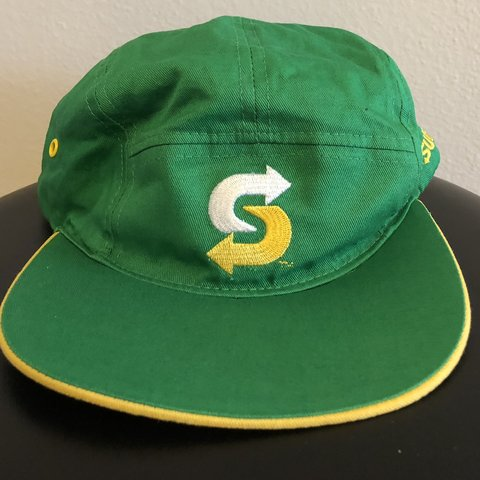 ab73eaa929ca3 SUBWAY (Employee) 5 Panel Hat In very good pre owned FREE - Depop