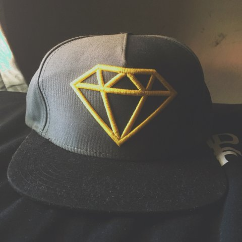 21e4a5649f7f7 ... newera bb483 ba320  cheap sale diamond supply co. snapback. won this hat  in a skate contest depop