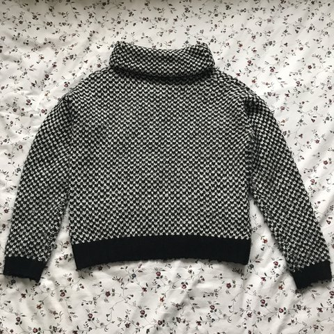 8832922a4 Black and white roll neck knitted jumper worn a few times in - Depop