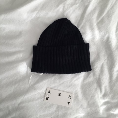 55f13eee980 Navy merino wool beanie by ASKET. Brand new with tags. - Depop
