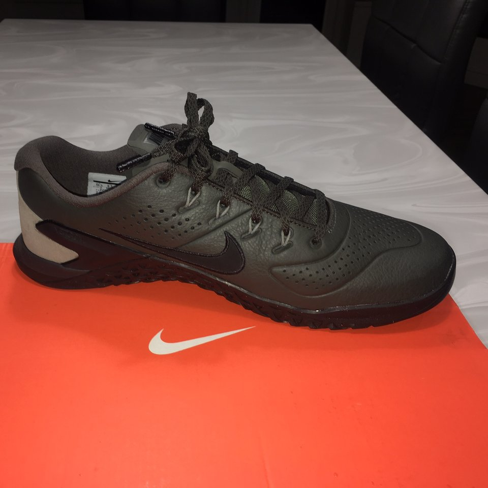 Nike metcon 4 amp leather. Brand new