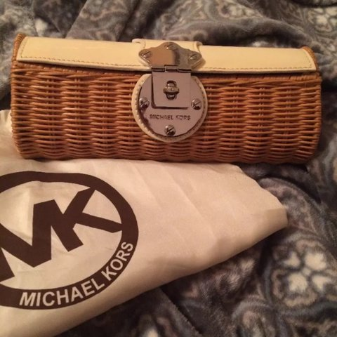 a5ee0222971459 MICHAEL KORS Santorini Rattan Wicker Clutch - purse cream in - Depop