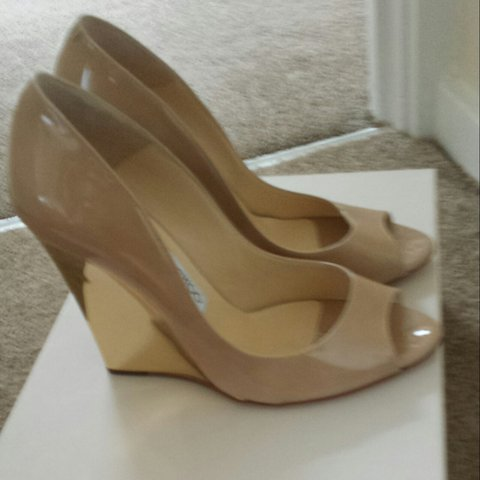 caba7dcca7 Gorgeous Jimmy Choo shoes Nude with gold wedge heel, never - Depop