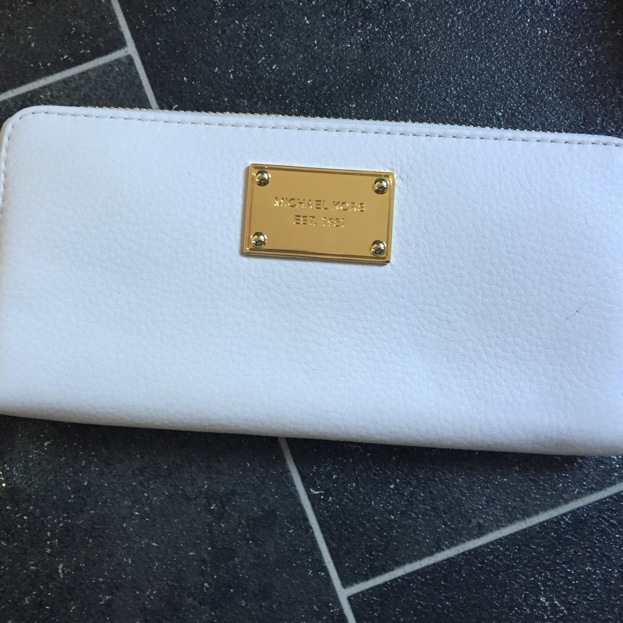 decabefc4f1f New Michael kors cream leather purse. Never used. Unwanted - Depop