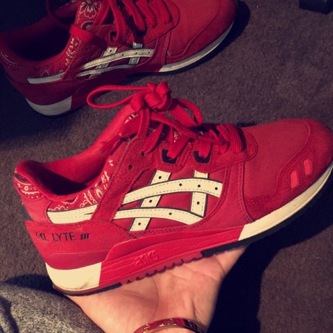 397cb834ccfd2 ASIC GEL lYTE III !!!!    red    excellent condition    size - Depop