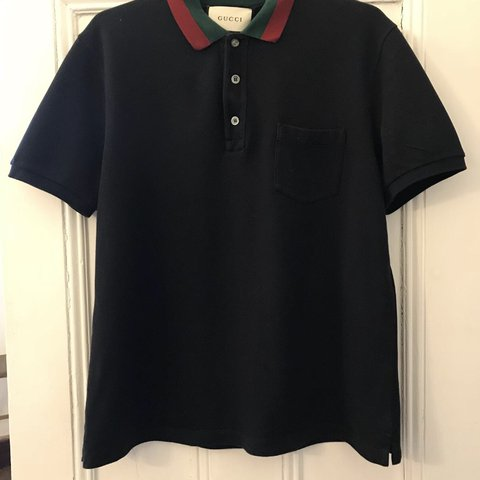 b95e5d35024 Gucci web polo in navy Size XL but fits like a M L which - Depop