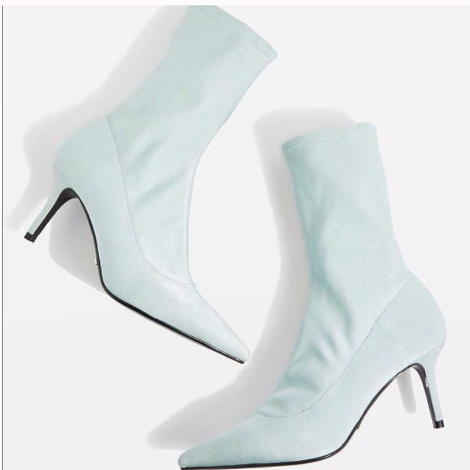4929e3c4650 Baby blue kitten heel boots - pointed toe Topshop... - Depop