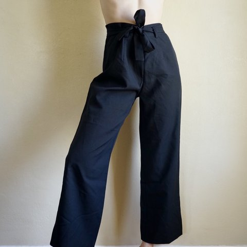 be9f2f1c3d Beautiful black vintage 90s high waisted pants with attached - Depop