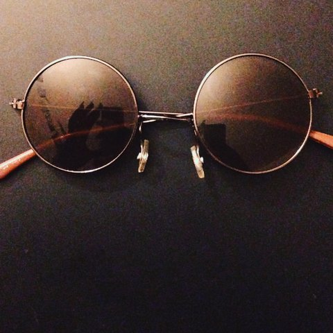 890538e8d3aa1 70 s circle retro glasses (SMALL FRAMES ) - Depop