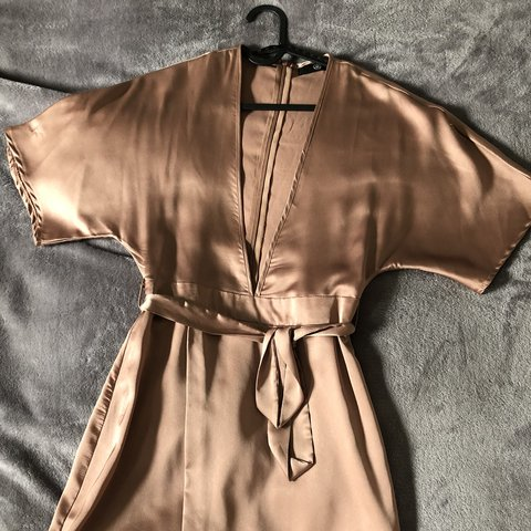 2fa1a381aec78 SOLD Missguided silk plunge dress Worn once Ignore  in oh - Depop