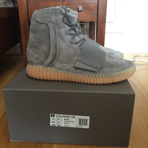 e1bc15f5746dc Yeezy 750 Grey Gum tried on never worn outside as seen on pm - Depop